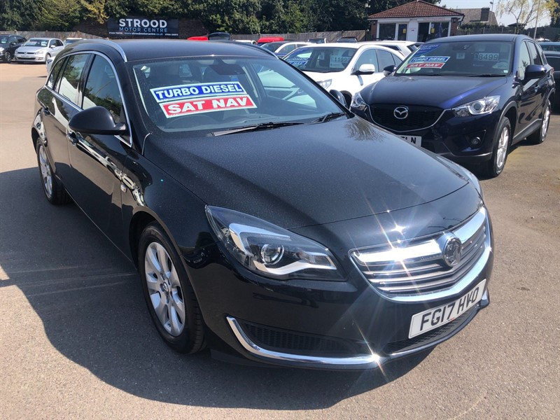 used Vauxhall Insignia ecoFLEX Tech Line Sport Tourer (s/s) in rochester-kent