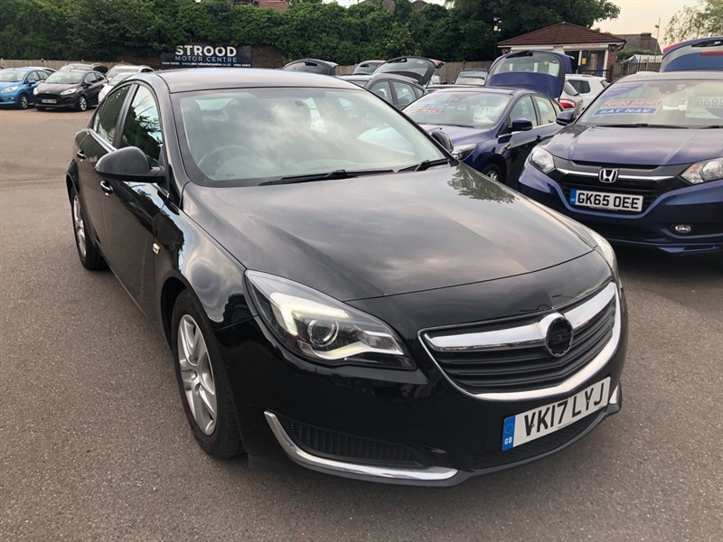 used Vauxhall Insignia ecoFLEX Design (s/s) in rochester-kent