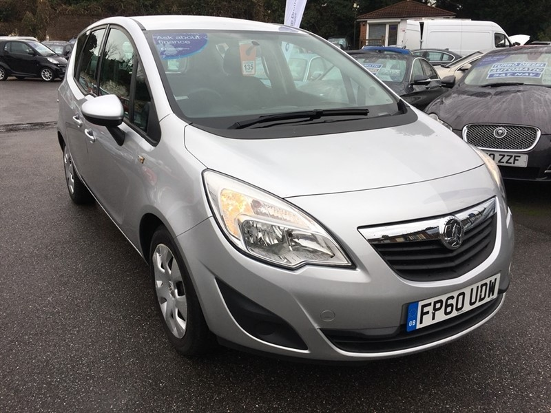 used Vauxhall Meriva i 16v Exclusiv 5dr (a/c) in rochester-kent