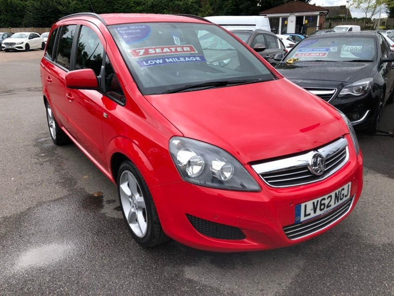 used Vauxhall Zafira 16v Exclusiv in rochester-kent
