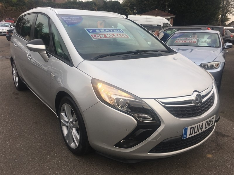 used Vauxhall Zafira Tourer i VVT 16v Turbo SRi 5dr in rochester-kent