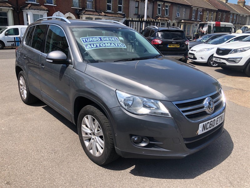 used VW Tiguan Match DSG 4WD in rochester-kent