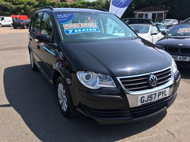 used VW Touran TDI S 5dr (5 Seats) in rochester-kent