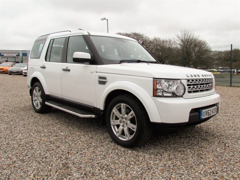 used Land Rover Discovery 4 3.0 SDV6 GS - Full service history - 2 Keys - Black leather in plymouth-devon
