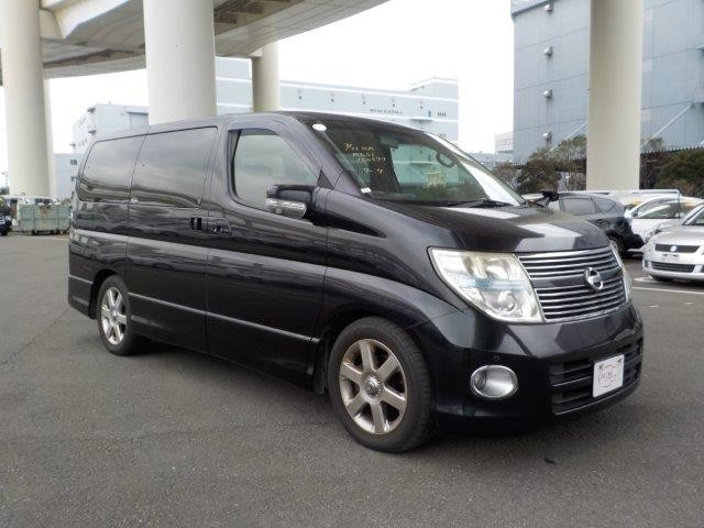 used Nissan Elgrand 2.5 250 Highway Star Black Leather Edition - High Grade - On Route - Service History - 2 Keys in plymouth-devon