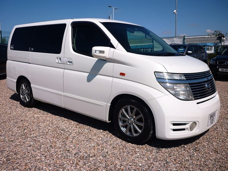 used Nissan Elgrand 3.5 Highway Star  8 Seats - Captains seats, 2 Keys - 1/2 Leather in plymouth-devon
