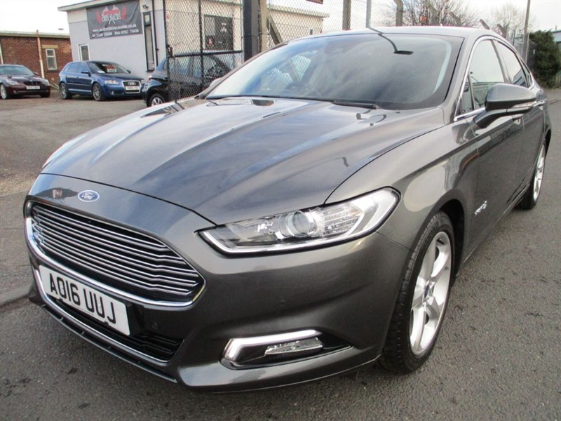 used Ford Mondeo TITANIUM HEV in bedfordshire