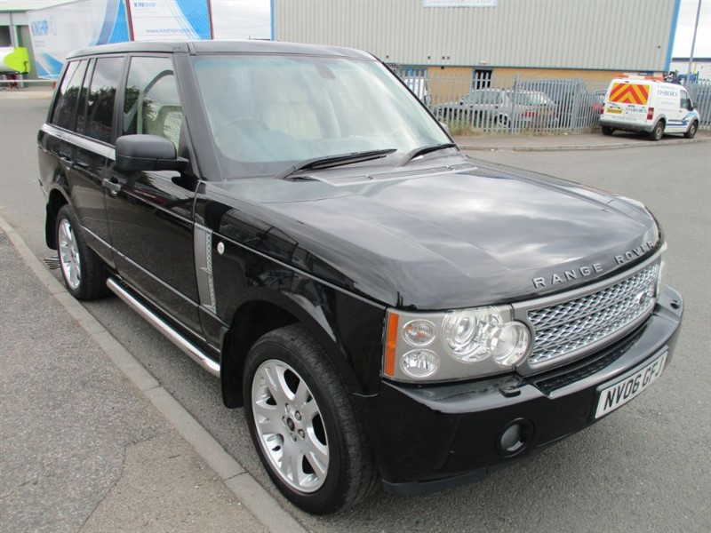 used Land Rover Range Rover TD6 VOGUE in bedfordshire