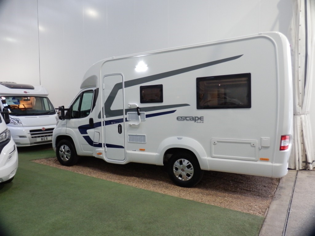 used Swift Escape 622 in lancashire