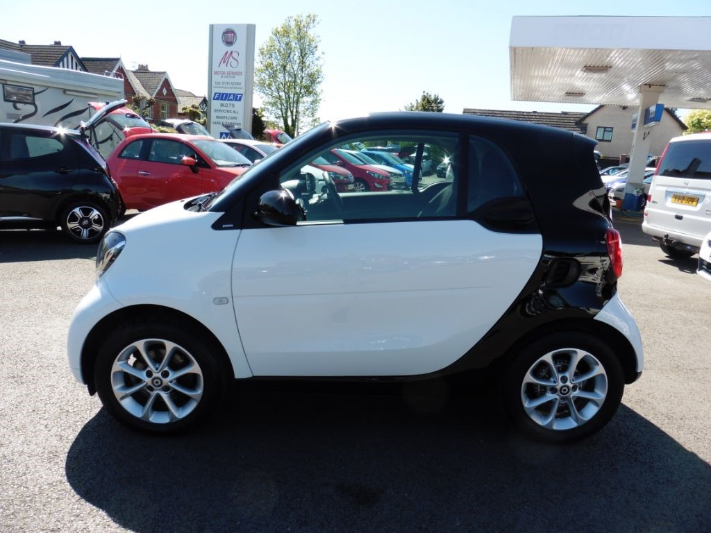 Smart Car Fortwo Coupe Pion