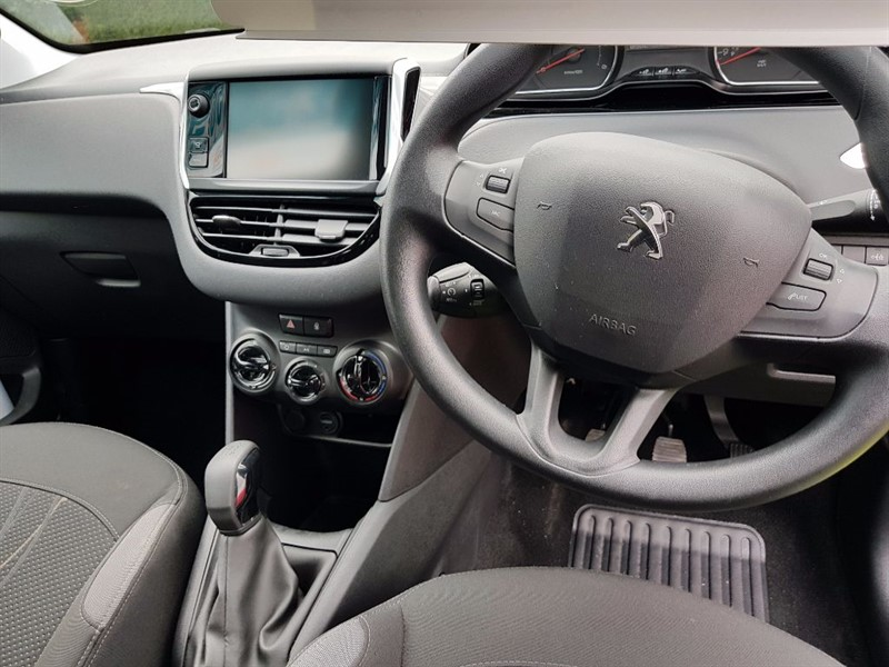 used Peugeot 208 ACTIVE E-HDI in chepstow-wyvern