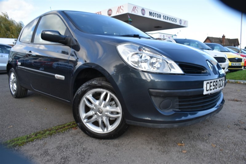 used Renault Clio RIP CURL 2 in chepstow-wyvern