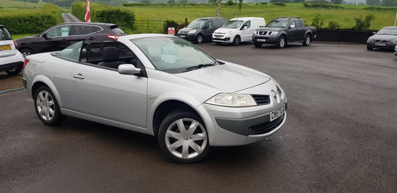 used Renault Megane DYNAMIQUE VVT in chepstow-wyvern