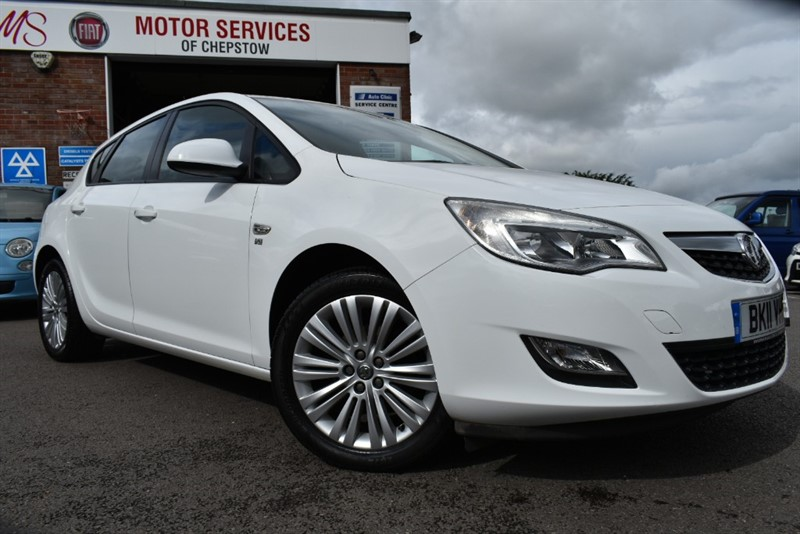 used Vauxhall Astra EXCITE in chepstow