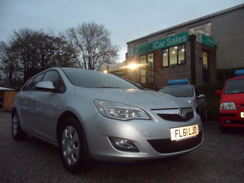used Vauxhall Astra EXCLUSIV CDTI ECOFLEX in devon