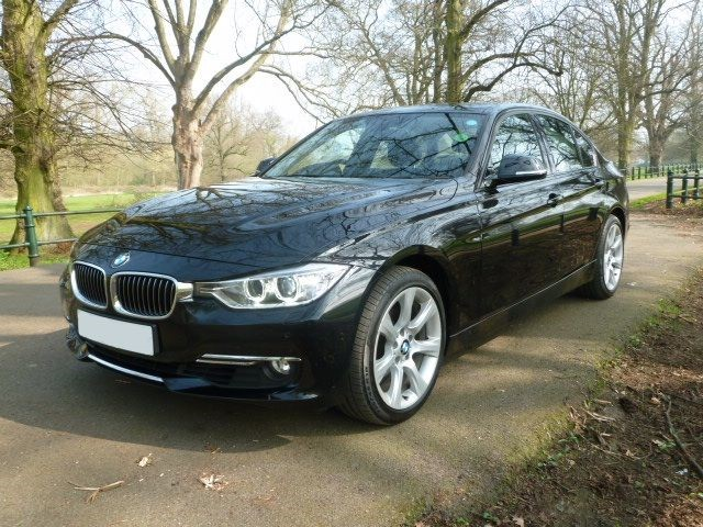 used BMW 320i LUXURY in northamptonshire