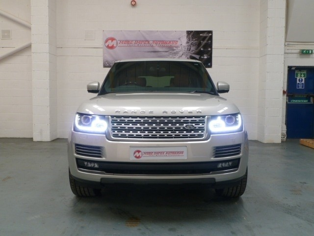 used Land Rover Range Rover SDV8 Vogue Autobiography in northamptonshire