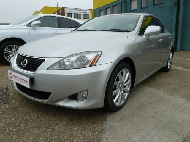 used Lexus IS 250 SE in northamptonshire