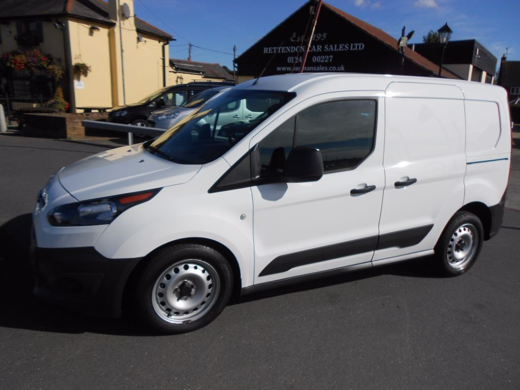 used Ford Transit Connect 200 TREND Petrol Van * Only 16,000 Miles * in Chelmsford
