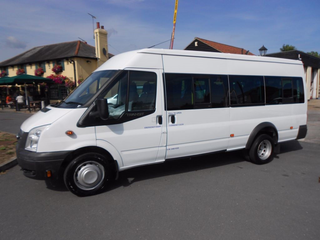 used Ford Transit 430 SHR BUS 17 SEATER MINIBUS * ONLY 37K MILES * in Chelmsford
