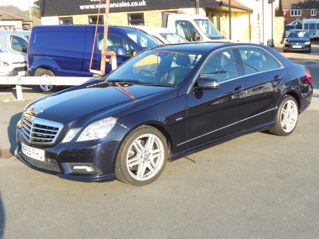 used Mercedes E220 CDI BLUE EFFICIENCY SPORT * Only 68,000 Miles * in Chelmsford
