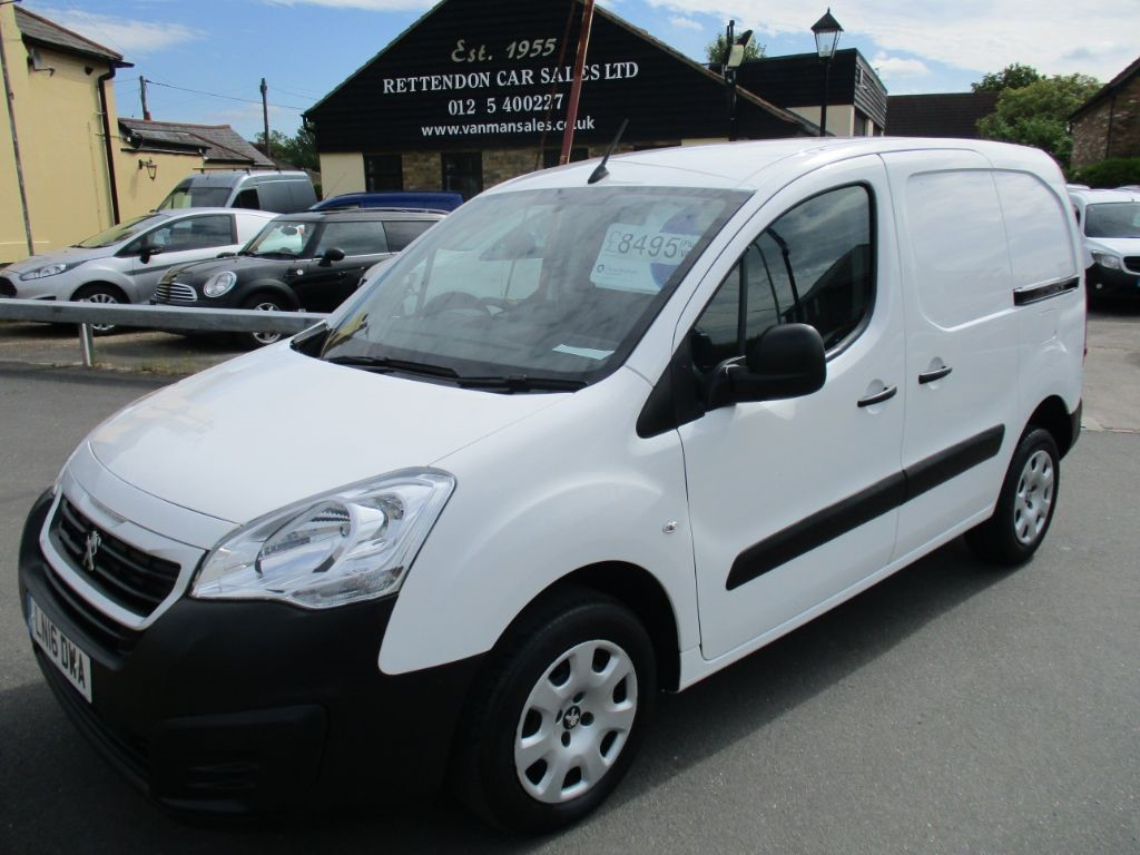 used Peugeot Partner HDI PROFESSIONAL L1 850 * Only 18,000 Miles * in Chelmsford