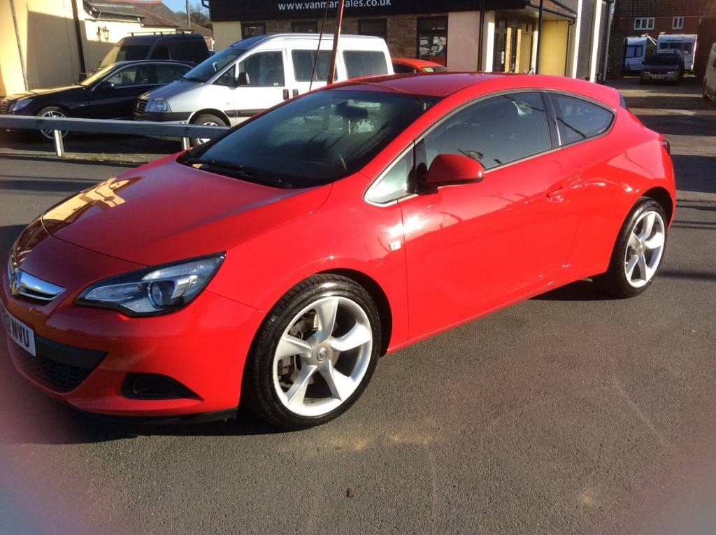 used Vauxhall Astra GTC SPORT CDTI S/S Diesel Car * Only 67,000 Miles * in Chelmsford