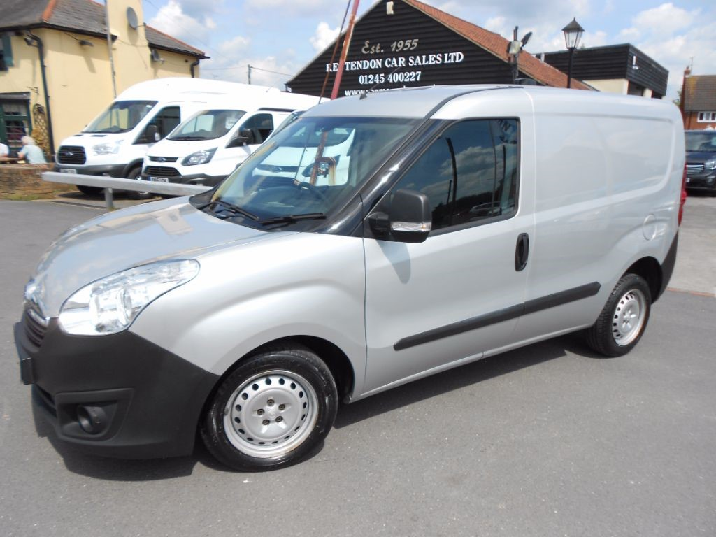 used Vauxhall Combo 2000 L1H1 CDTI ECOFLEX * ONLY 45K MILES * in Chelmsford
