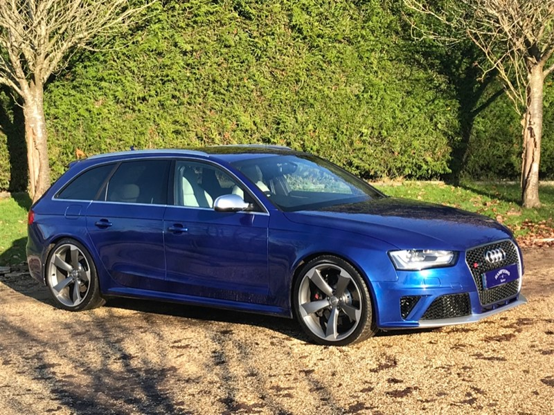 used Audi RS4 AVANT FSI QUATTRO in surrey