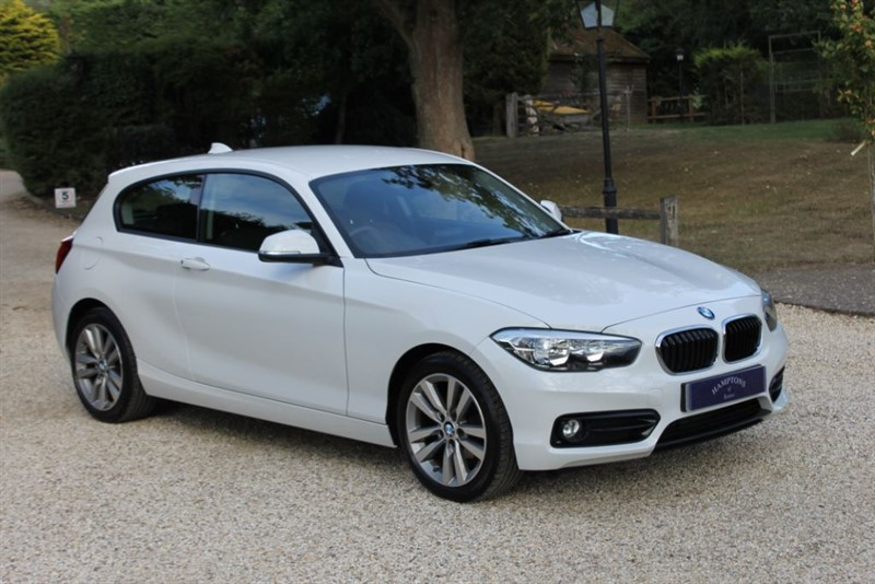 used BMW 118i SPORT in surrey