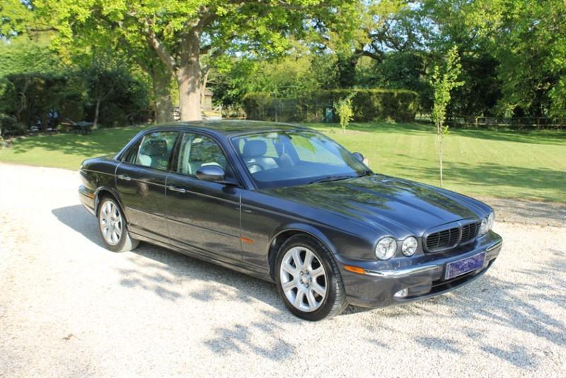 used Jaguar XJ V6 SPORT in surrey