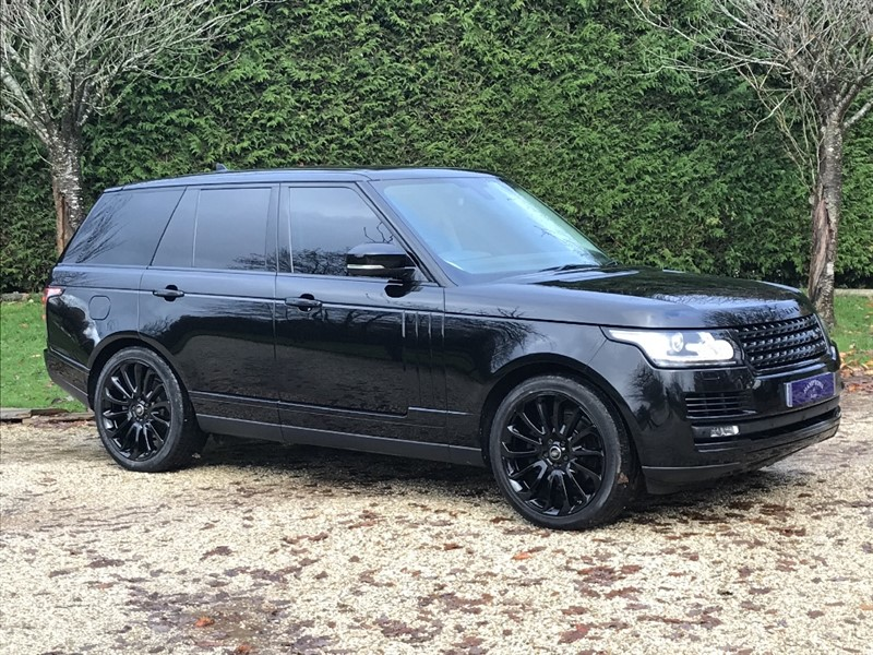 used Land Rover Range Rover TDV6 AUTOBIOGRAPHY in surrey