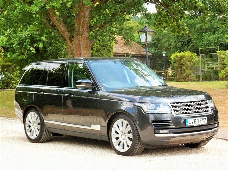 used Land Rover Range Rover TDV6 VOGUE in surrey