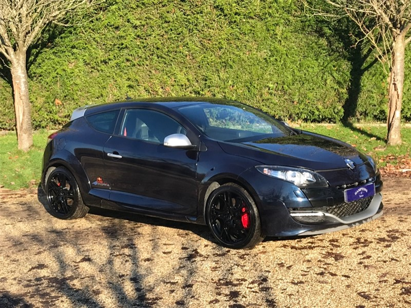 used Renault Megane RENAULTSPORT RED BULL RB8 S/S in surrey