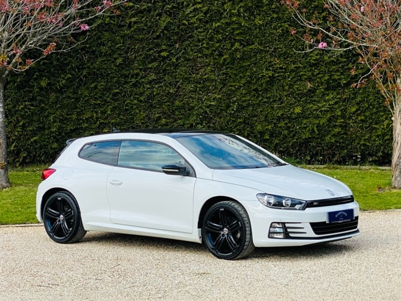 used VW Scirocco R LINE 220 TSI BLUEMOTION TECHNOLOGY DSG in surrey