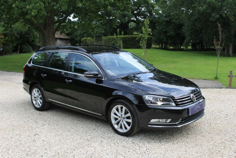 used VW Passat EXECUTIVE TDI BLUEMOTION TECHNOLOGY DSG in surrey