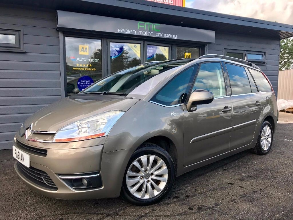 used Citroen C4 Picasso GRAND EXCLUSIVE HDI EGS in swansea-south-wales