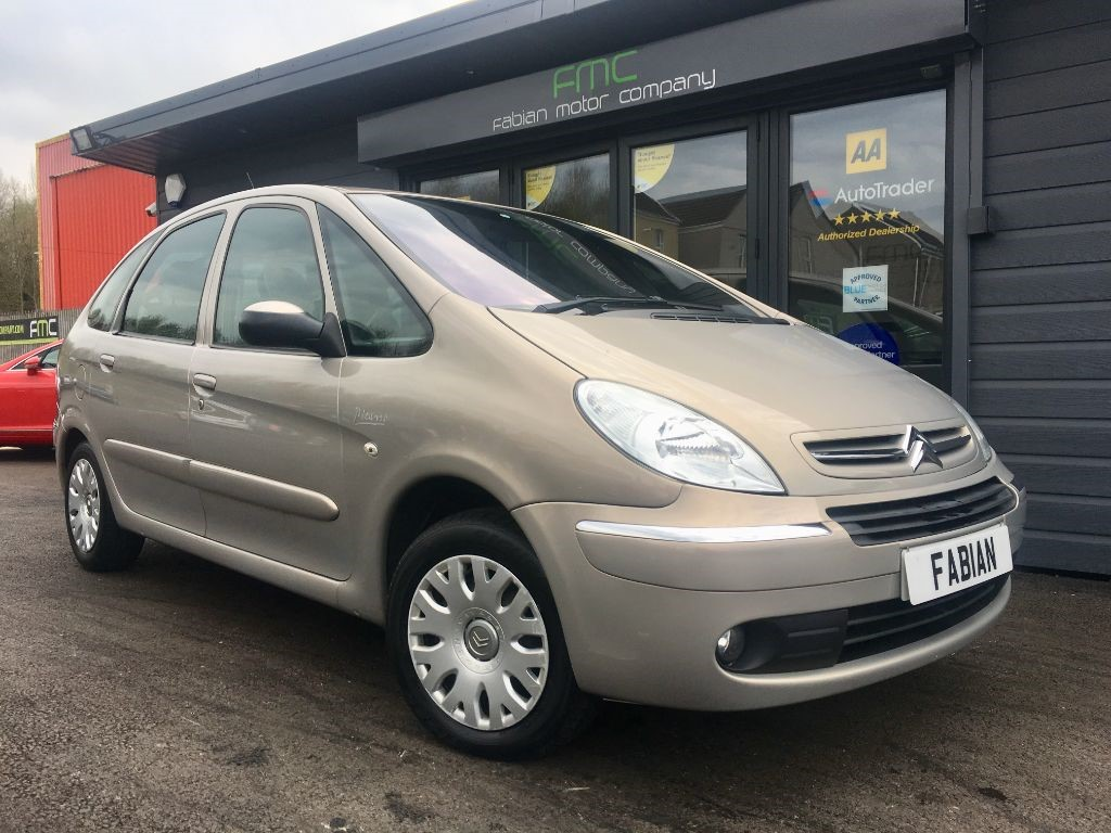 used beige citroen xsara picasso for sale swansea. Black Bedroom Furniture Sets. Home Design Ideas