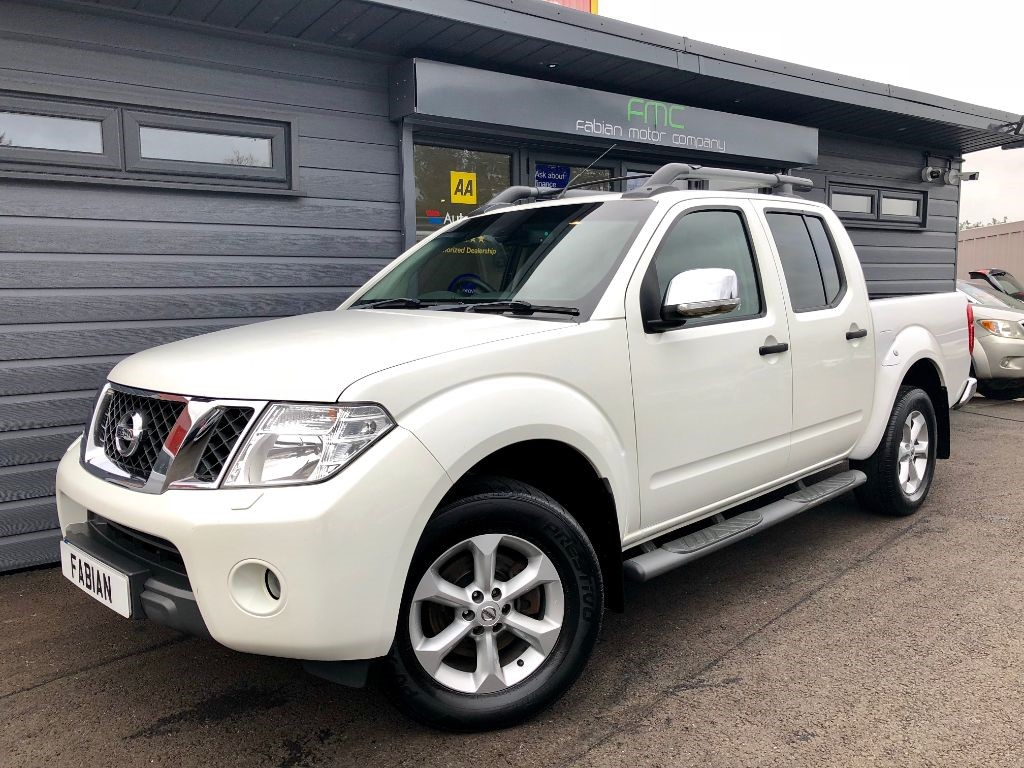used Nissan Navara DCI TEKNA 4X4 DCB in swansea-south-wales