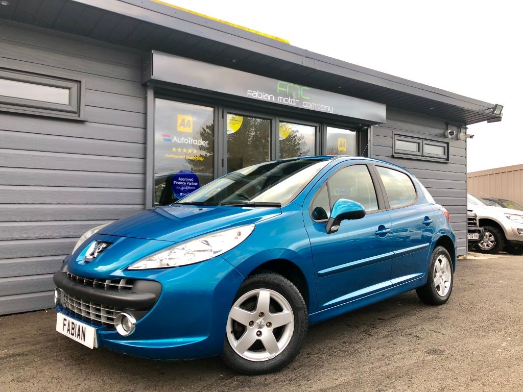 used Peugeot 207 SE 16V in swansea-south-wales
