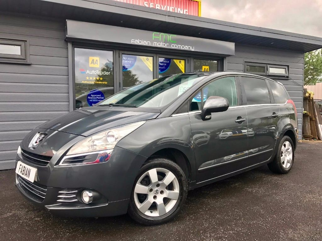 used Peugeot 5008 HDi FAP Sport MPV 5dr Manual (140 g/km, 110 bhp) in swansea-south-wales