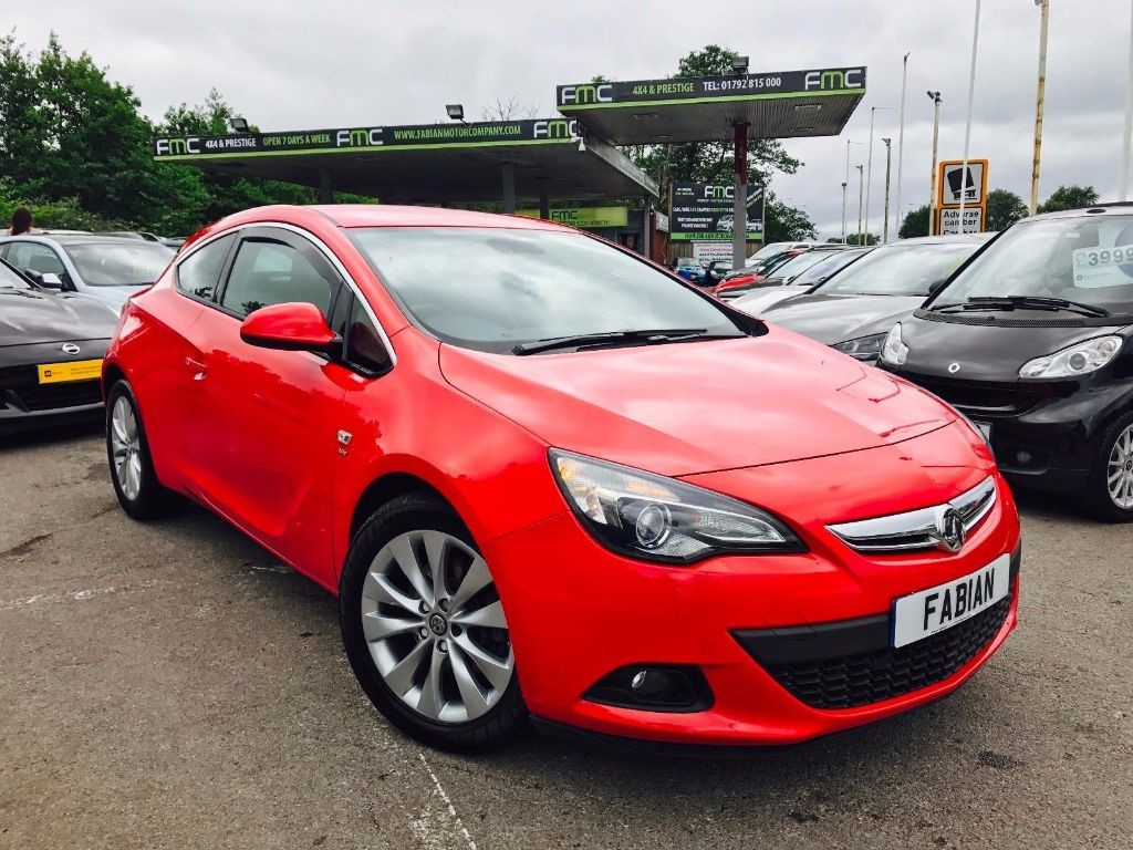 used Vauxhall Astra GTC SRI CDTI in swansea-south-wales