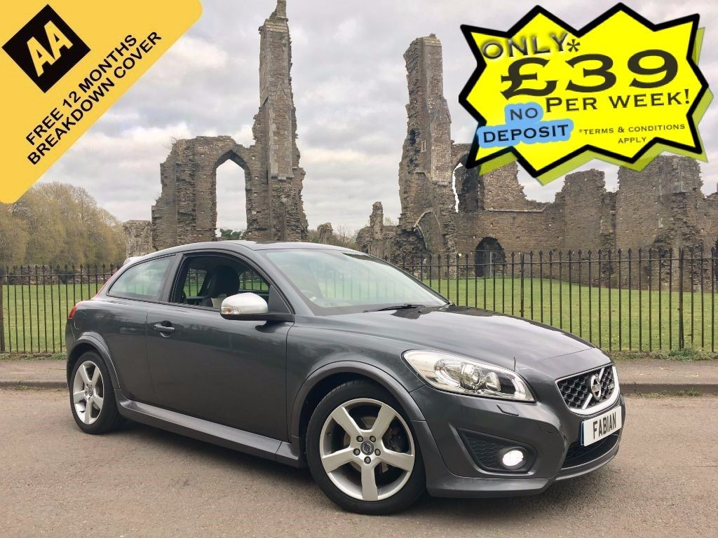 used Volvo C30 D2 R-DESIGN in swansea-south-wales