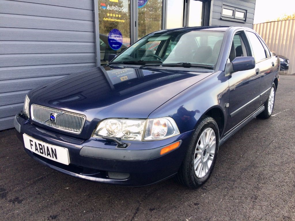used Volvo S40 BI-FUEL in swansea-south-wales