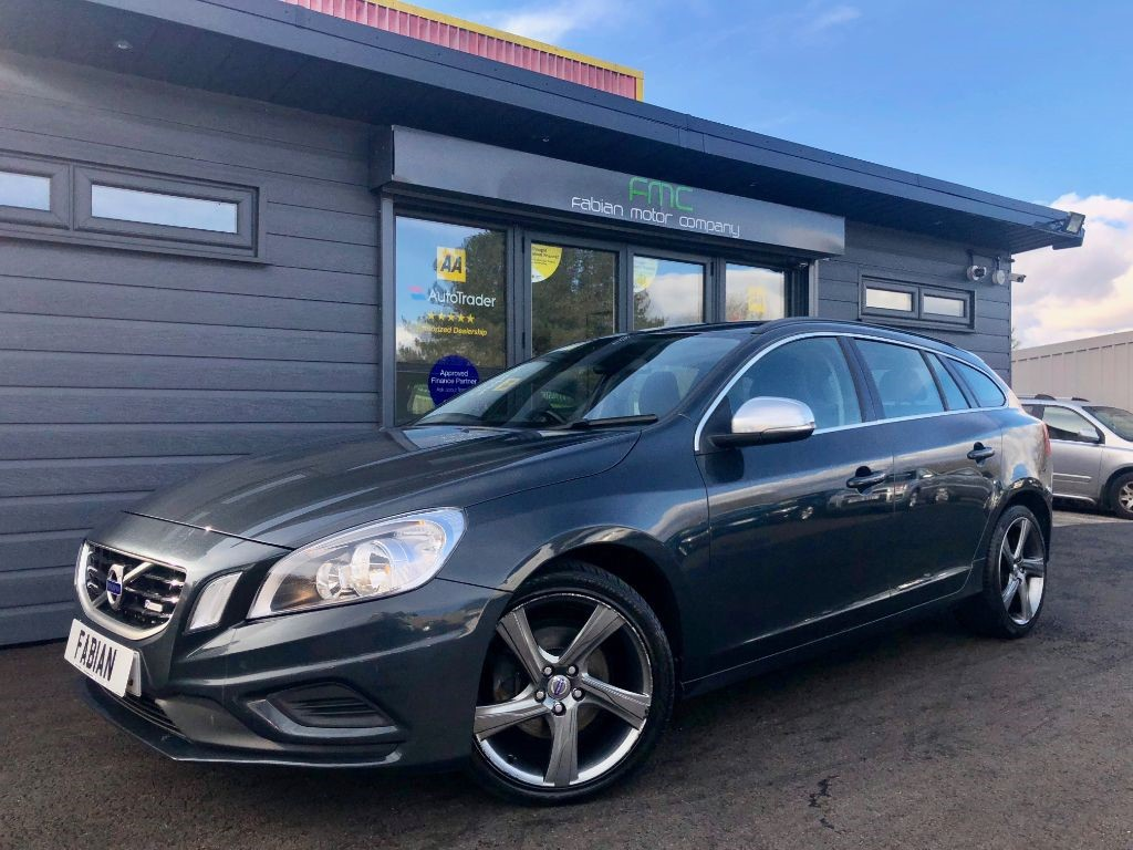 used Volvo V60 D3 R-DESIGN NAV in swansea-south-wales