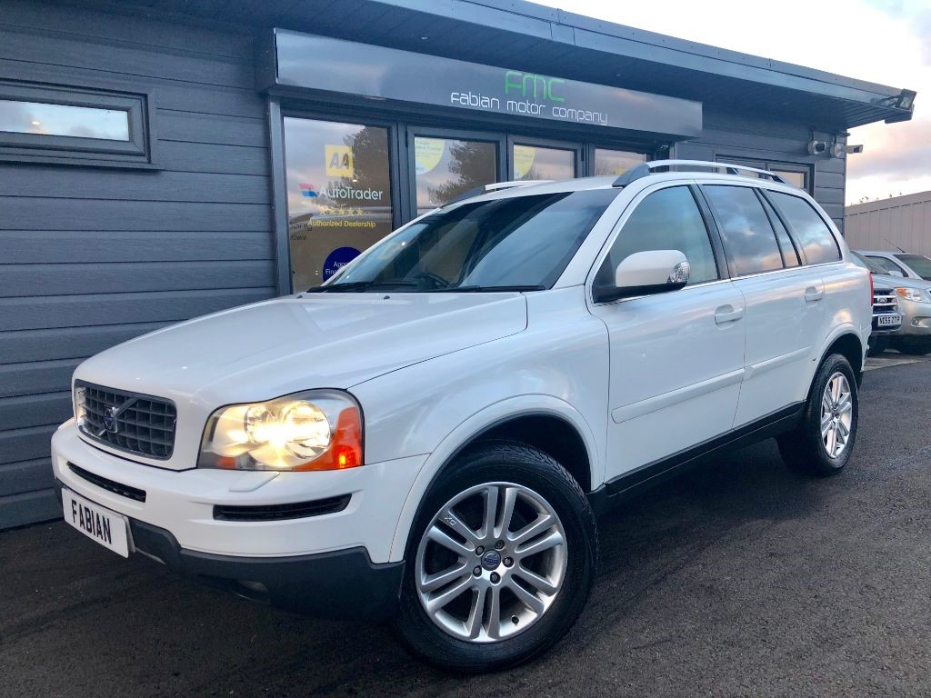 used Volvo XC90 D5 SE LUX AWD in swansea-south-wales