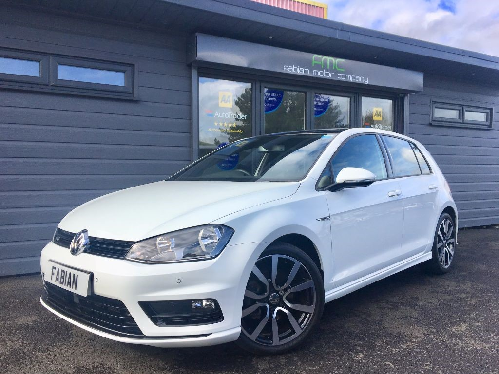 used VW Golf R LINE EDITION TDI BLUEMOTION TECHNOLOGY in swansea-south-wales