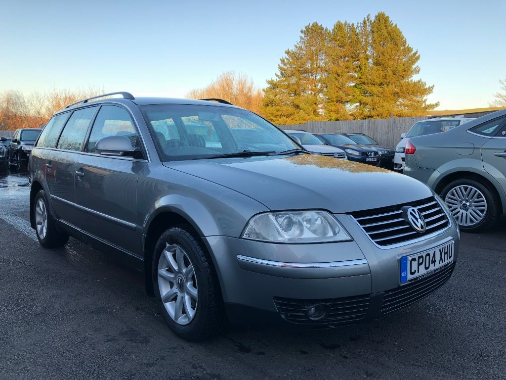 used VW Passat HIGHLINE TDI in swansea-south-wales