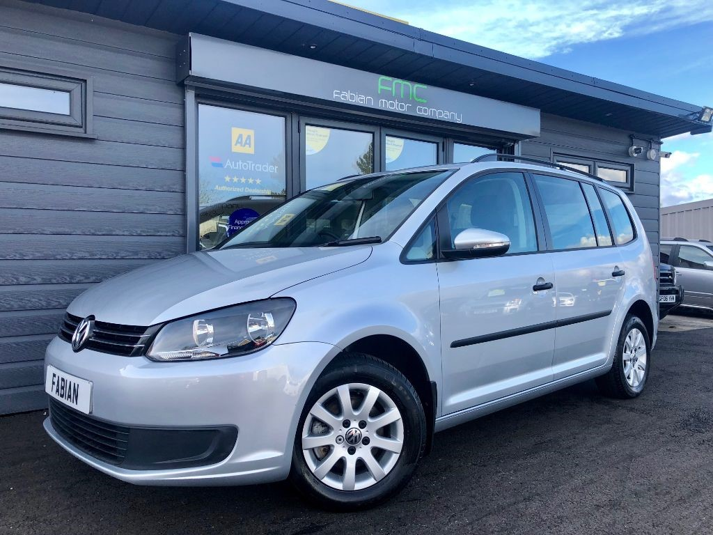 used VW Touran S TDI BLUEMOTION TECHNOLOGY DSG in swansea-south-wales