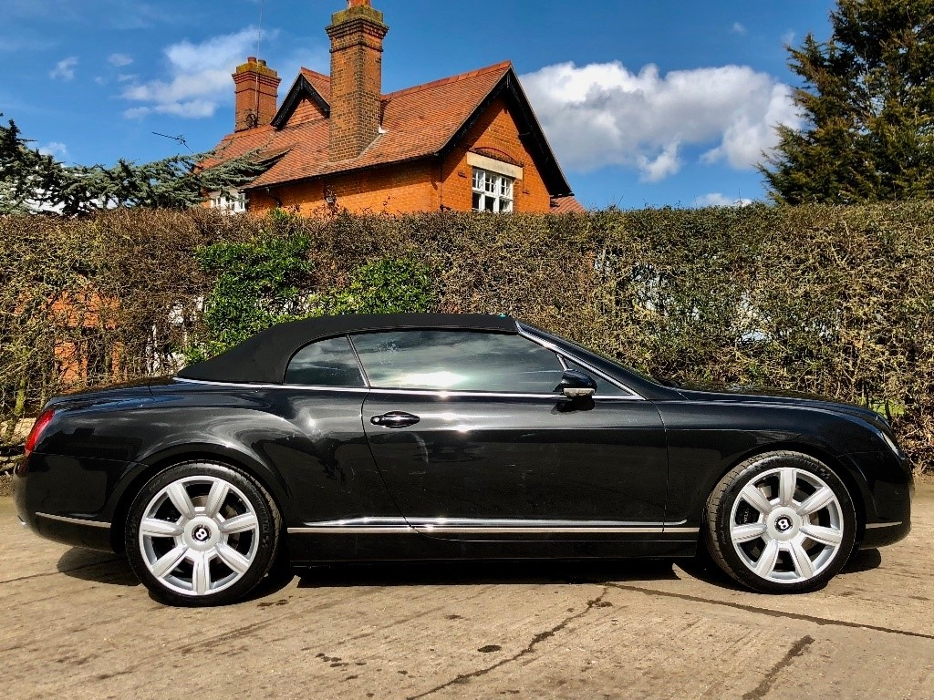 black gt in driving coupe spec bentley used mulliner sale petrol essex chelmsford for continental